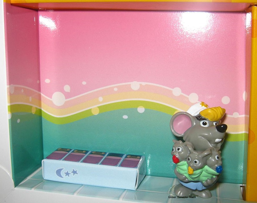 mouse-doctors-diorama6.jpg