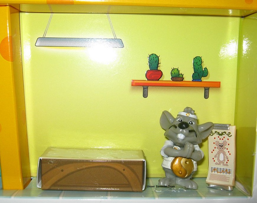mouse-doctors-diorama7.jpg
