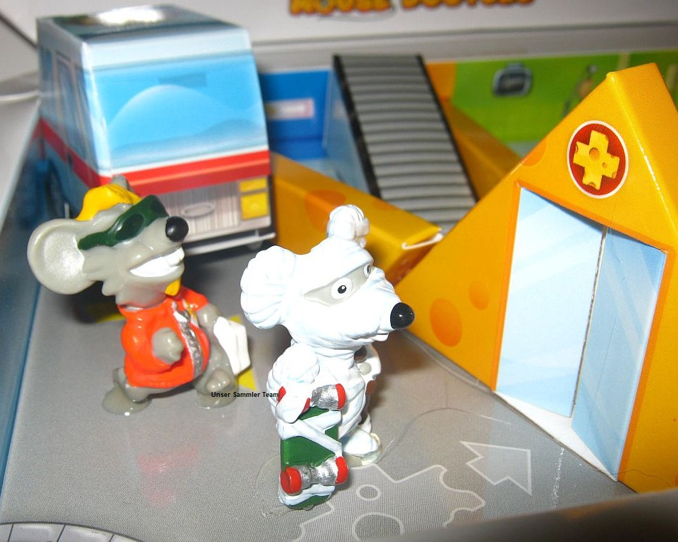 mouse-doctors-diorama9.jpg
