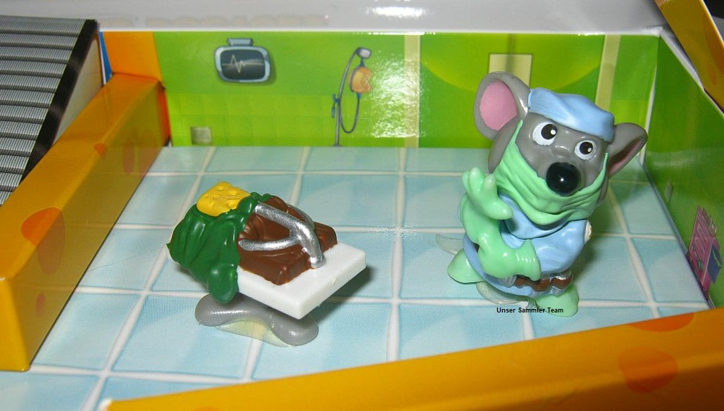 mouse-doctors-diorama11.jpg